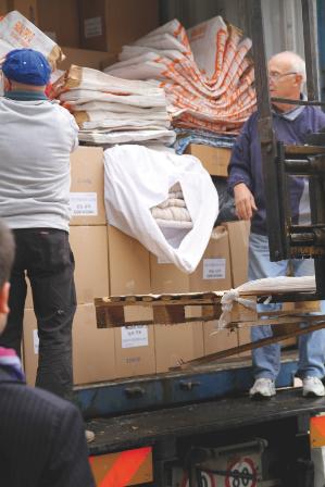 قامت شركة Pedrollo  مع المحبين لعمل الخير في مدينة فيرونا بتجهيز حاوية مملؤة بالمساعدات إلى هاييتي