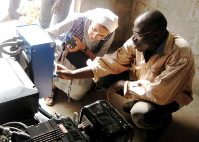 THE LIGHT IS SHINING IN TOGO VILLAGES THANKS TO GENERATORS DONATED BY PEDROLLO